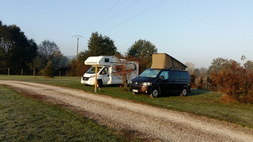Aire camping-car à Domessin (73330) - Photo 1